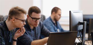 Student Community Programmers, businessman, startups, working