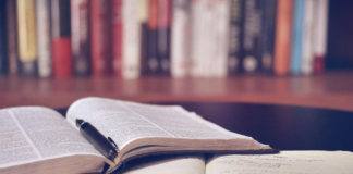 20 Best Research Methodology Books for PhD Students..